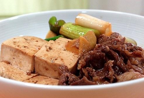 niku dofu japanisches tofu rindfleisch rezept rezepte japan. Black Bedroom Furniture Sets. Home Design Ideas